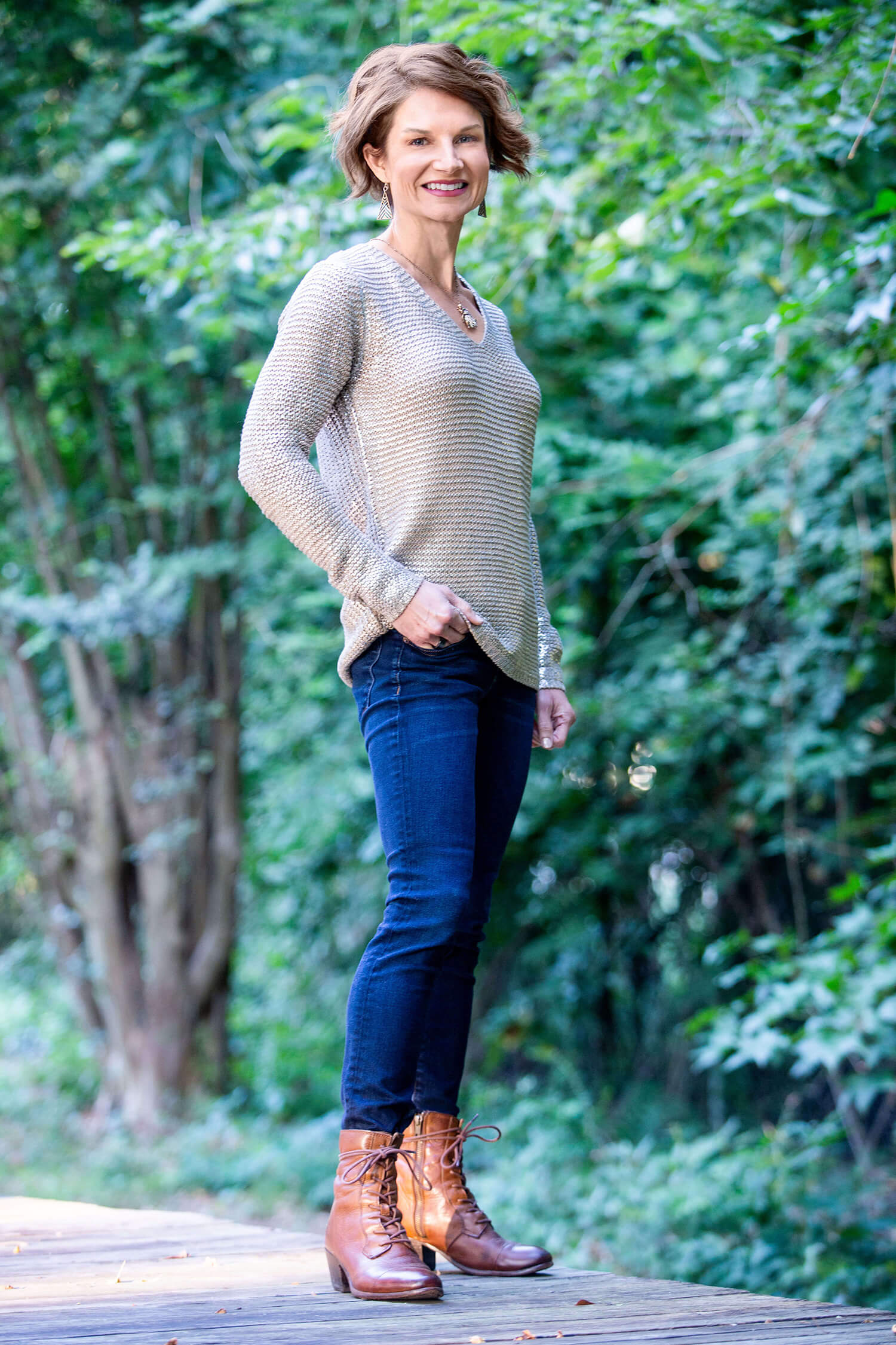 Marcey-Full-body-shot-in-sweater